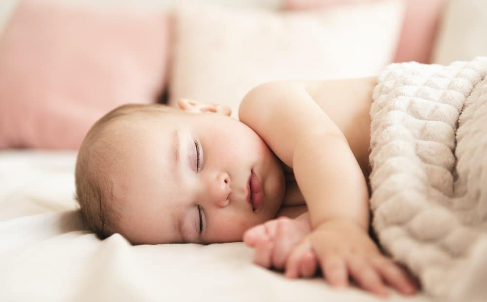 Tips on how to get your baby to fall asleep on its own