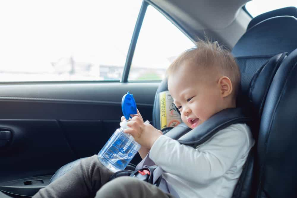 How Can You Get Your Toddler To Go From A Bottle To A Sippy Cup?