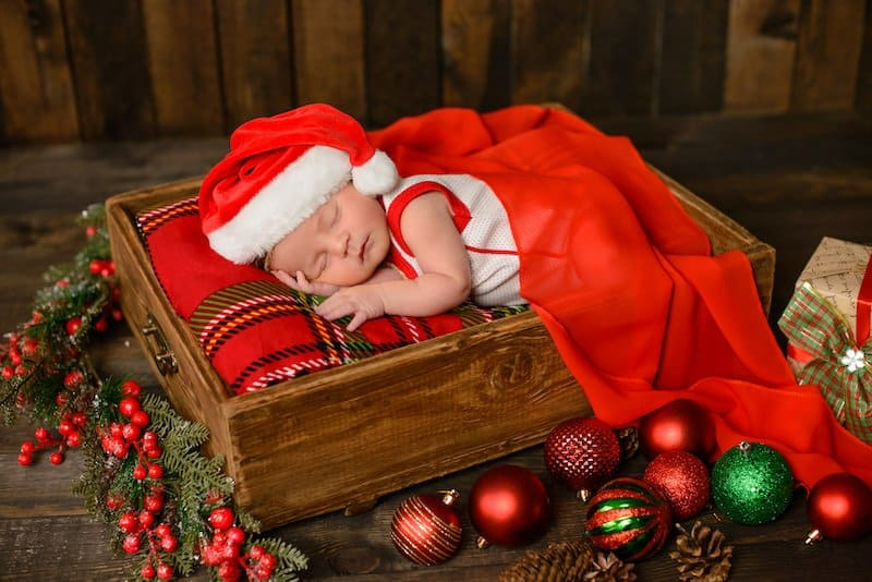 Christmas newborn outfit ideas