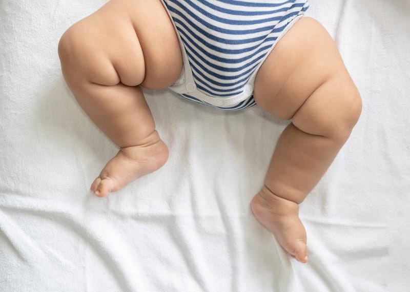 How much pee can a cloth diaper hold?