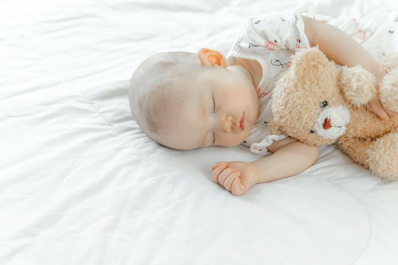 How to tell if baby is lethargic