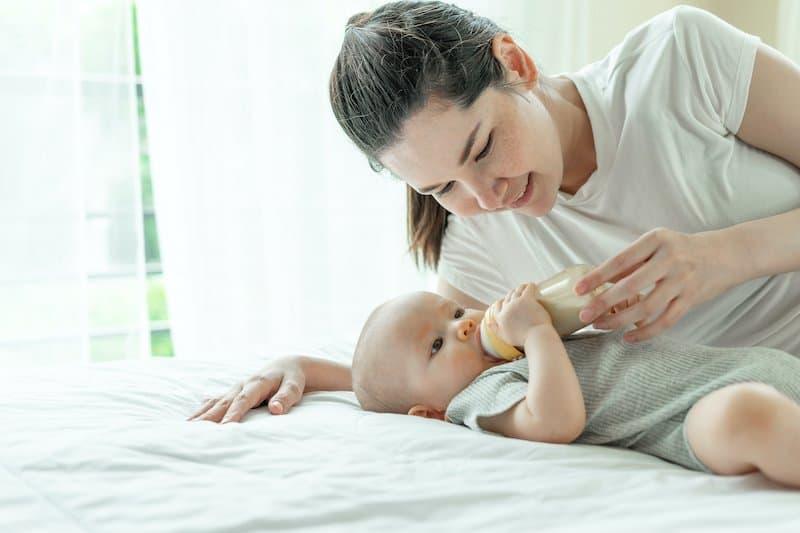 Newborn formula feeding questions