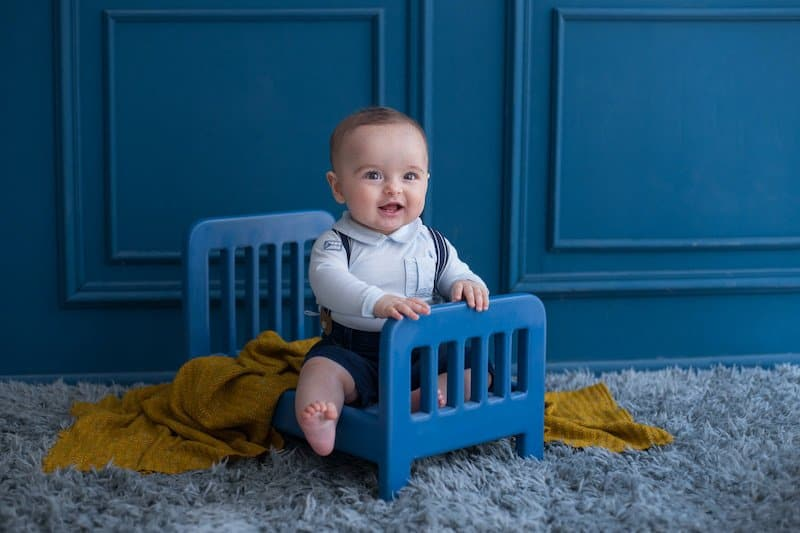 When should i put my baby in a toddler bed?