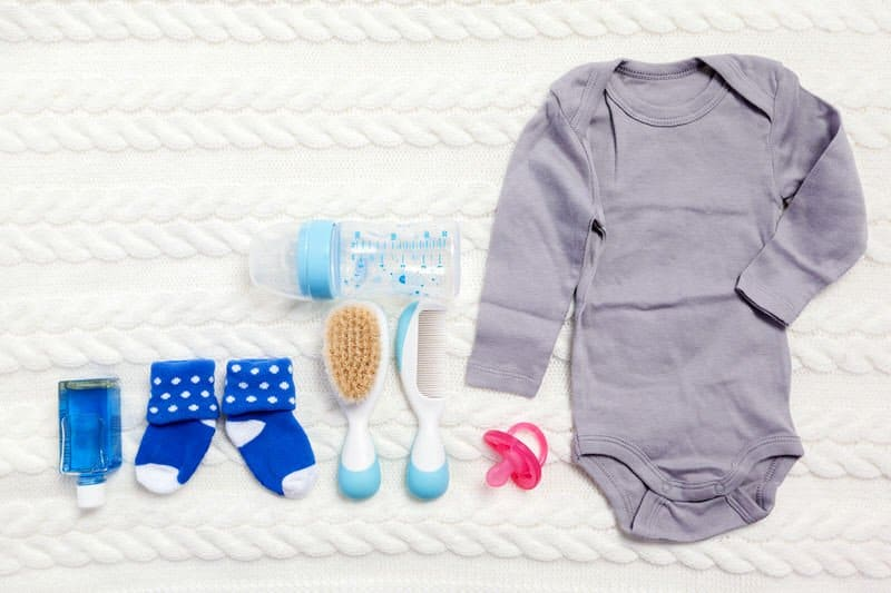 Essential items to buy for your newborn baby