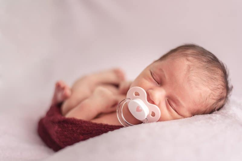 Should I Let My Baby Take A Pacifier While Sleeping?