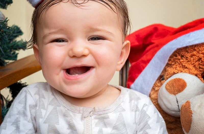 When should i give a teether to my baby?
