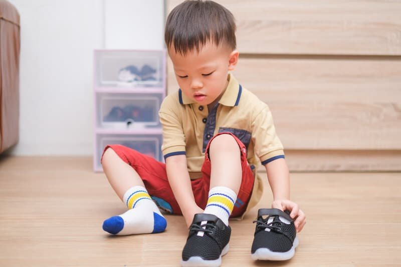 Top 3 Toddler Shoes for Wide Thick Feet