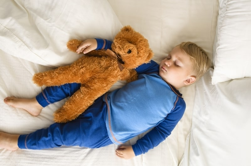 What are ways to stop co-sleeping with a 4-year-old?
