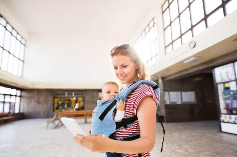 Keeping a breastfeeding log