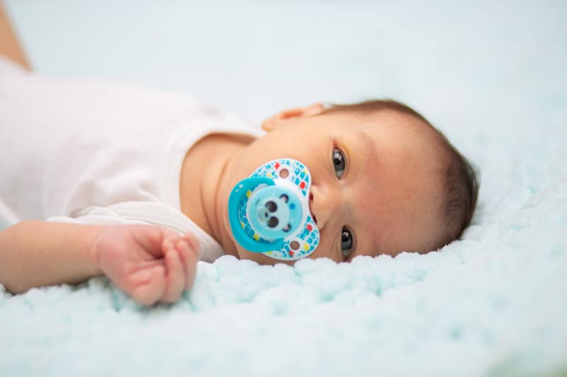 Tips to help your baby from gagging on the pacifier