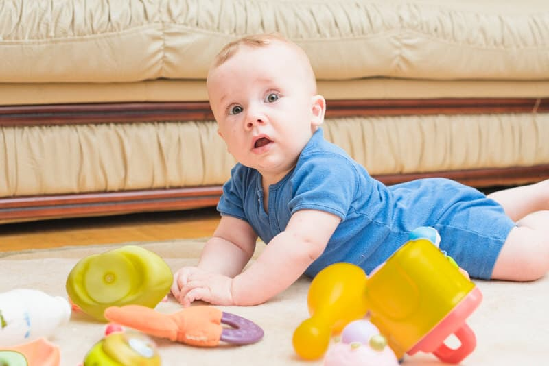 9 Month Old Not Crawling Or Pulling Up- Reasons, Tips & Solutions