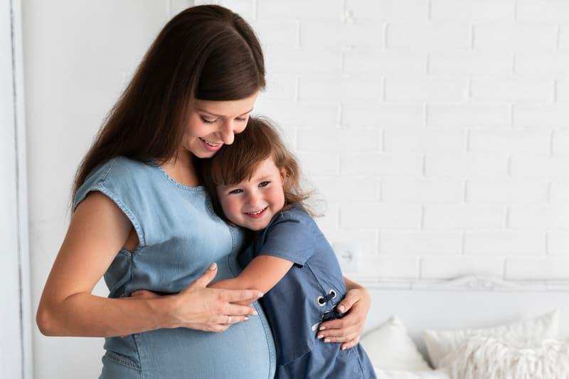 Can Babies Sense When A Woman Is Pregnant?