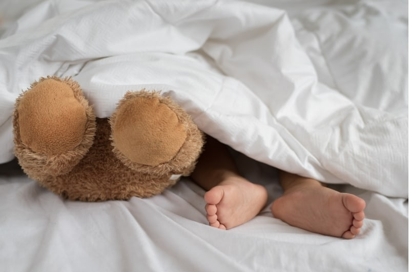 My Toddler Sleeps With Covers Over Her Head - Should I Be Worried?