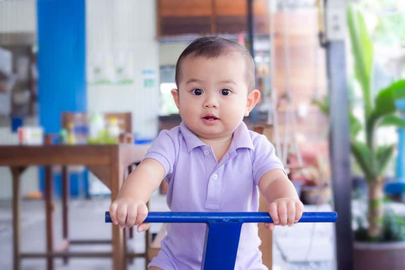 Ways to discipline your 1-year-old