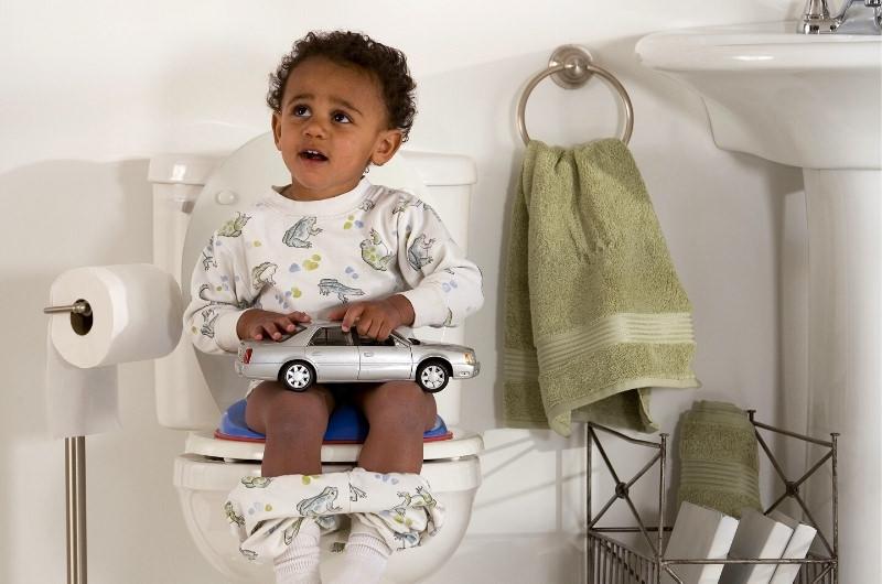 Toddler's Poop Smells Like Mothballs? (5 Reasons & Treatment For Smelly Poop)