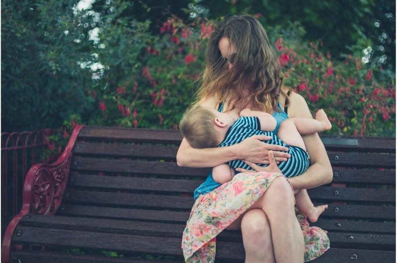 2-Shirt Method For Breastfeeding